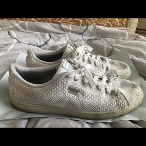 White Puma Basket Shoes Size 9.5 Sneakers